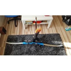 BAZAR: Sestava reflexního luku se středem, rameny, zaměřovačem, stabilizátorem, toulec a 12ks šípů